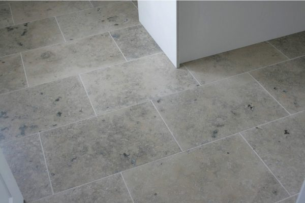 Jura Grey-Honed-Limestone--1000x750